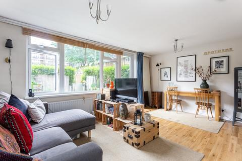 3 bedroom flat to rent - New Place Square, Bermondsey, SE16