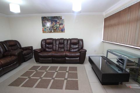 3 bedroom house to rent - Strathy Close, Reading