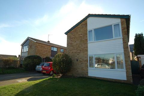 3 bedroom detached house to rent - Wentworth Drive, Mildenhall, Suffolk, IP28