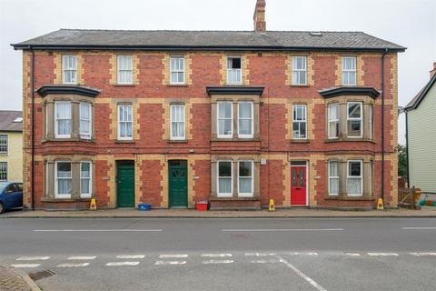 1 bedroom flat for sale - Irfon Crescent, Llanwrtyd Wells, LD5 4ST