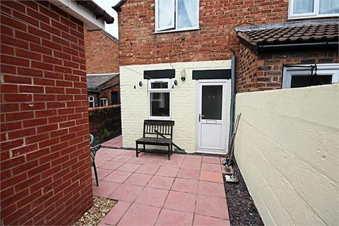 1 bedroom property to rent - High Street, Connah's Quay, Deeside. CH5 4DD