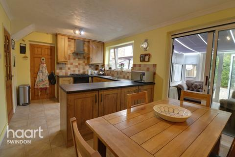 5 bedroom semi-detached house for sale - Shakespeare Road, Royal Wootton Bassett