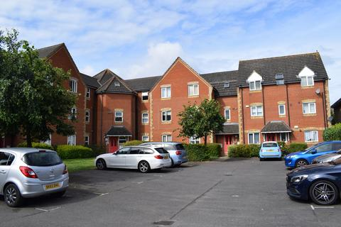 2 bedroom flat for sale - Bluebell Close, Rush Green