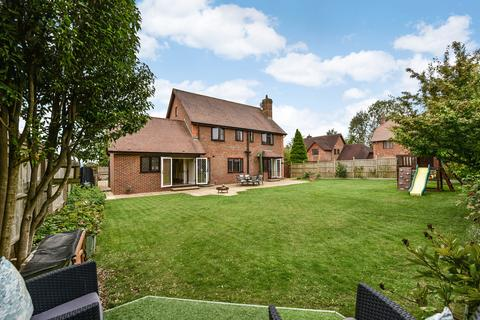 5 bedroom detached house for sale - Bishops View, FOUR MARKS, Hampshire