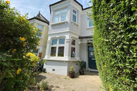 4 bedroom terraced house for sale - Halliwick Road, Muswell Hill