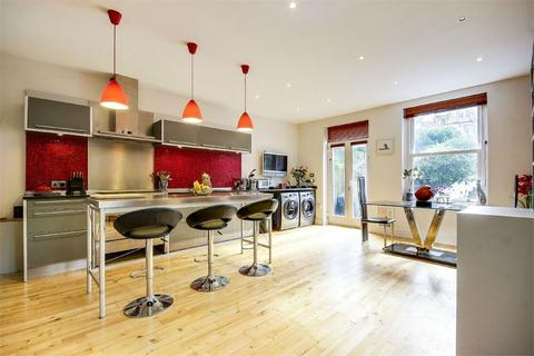 4 bedroom end of terrace house for sale - Parham Way, Muswell Hill