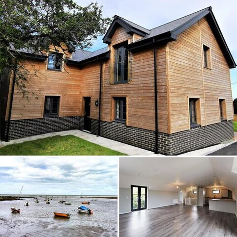 4 bedroom semi-detached house for sale - Lle Bryony, Parrog Road, Newport, Dyfed, SA42