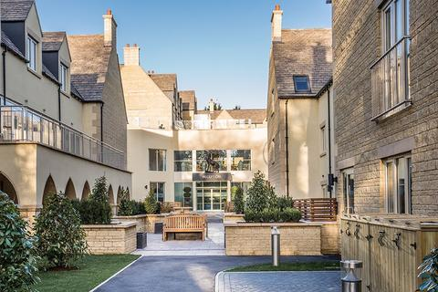 1 bedroom flat for sale - Stratton Court Village, Gloucester Road, Cirencester, Gloucestershire, GL7