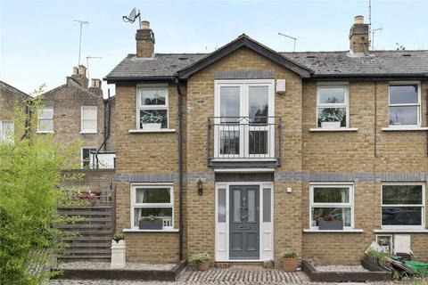 2 bedroom end of terrace house for sale - Old Stable Mews, Mountgrove Road, London, N5