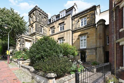 2 bedroom flat for sale - London Road, Tunbridge Wells