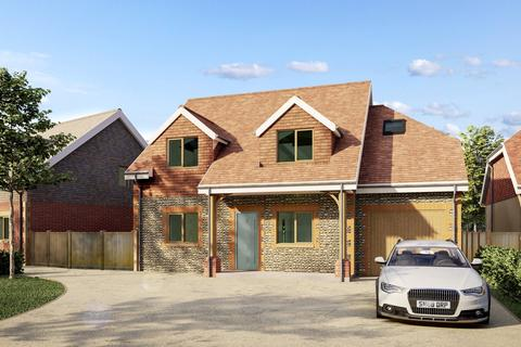 4 bedroom detached house for sale - Swallows Gate, Dappers Lane, Angmering, West Sussex, BN16