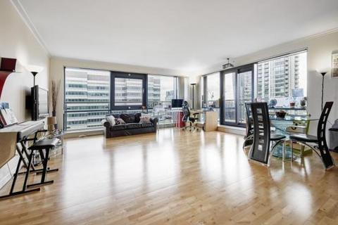 2 bedroom flat to rent - South Quay Square, London E14