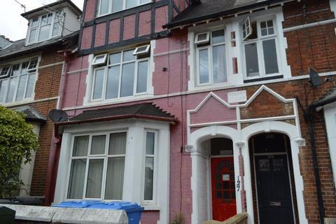 1 bedroom property to rent - Thorpe Hamlet