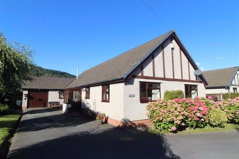 4 bedroom detached bungalow for sale - Ffordd Berth Ddu, Llanrwst