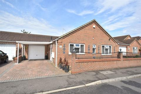 2 bedroom detached bungalow for sale - Crofters Close, King's Lynn, PE30