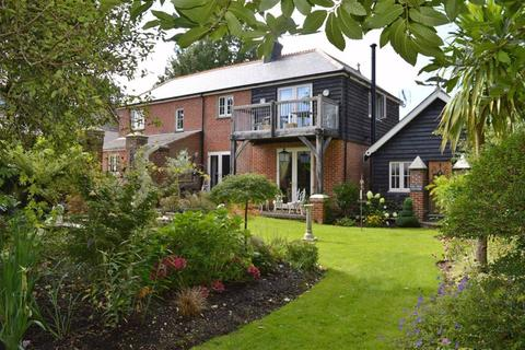 3 bedroom detached house for sale - Pine Road, Wimborne, Dorset