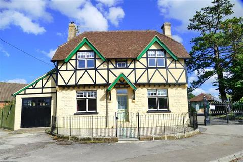 5 bedroom detached house for sale - Anchor Road, Calne