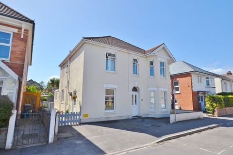 3 bedroom apartment for sale - Rosebery Road, Pokesdown, Bournemouth