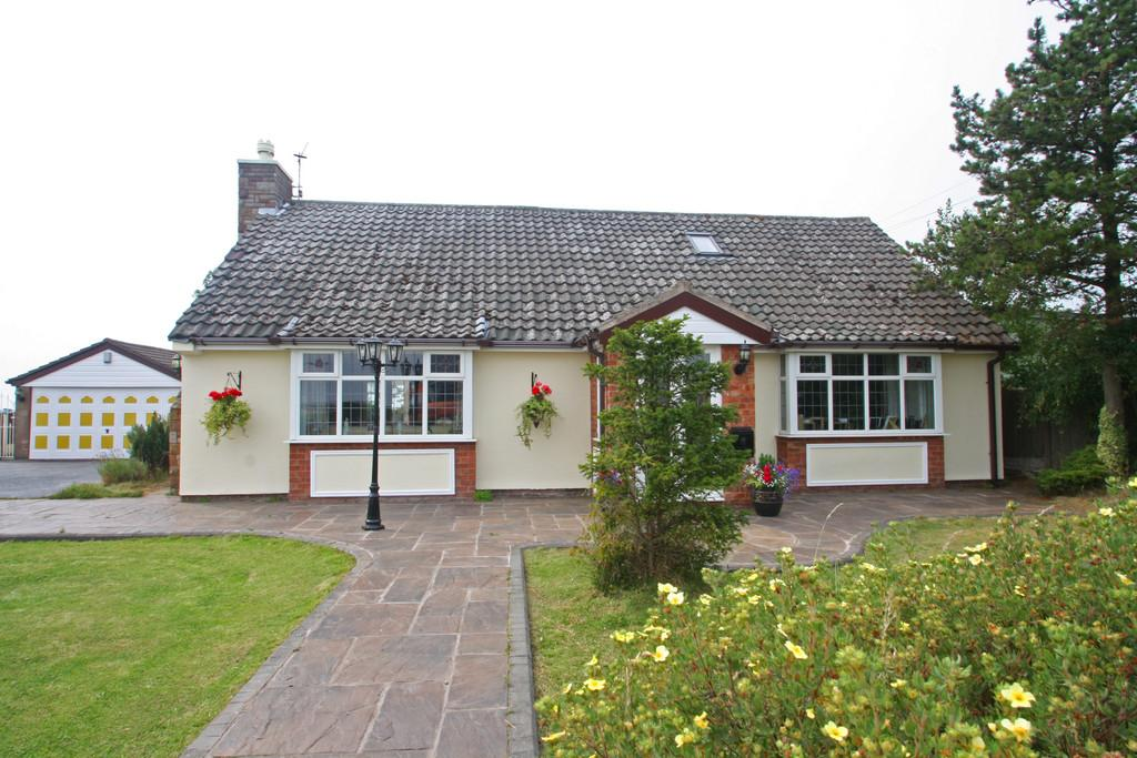 3 Bedrooms Cottage House for sale in Prescot Road, Aughton