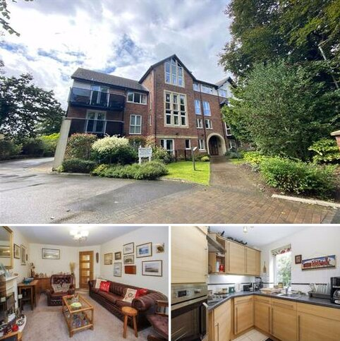 1 bedroom retirement property for sale - Michael Court, 43 Oakfield, Sale