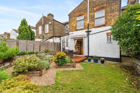2 bedroom flat for sale - Terront Road, South Tottenham, N15