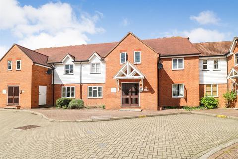 2 bedroom flat for sale - Shearers Way, Boreham