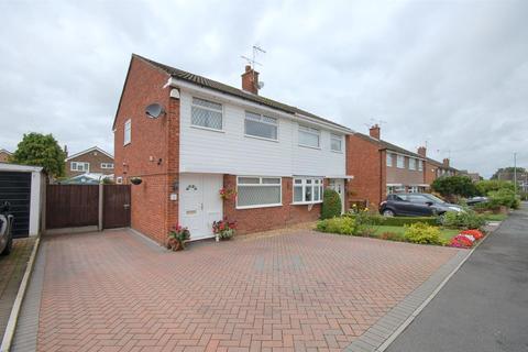 3 bedroom semi-detached house for sale - Windermere Road, Wistaston, Crewe