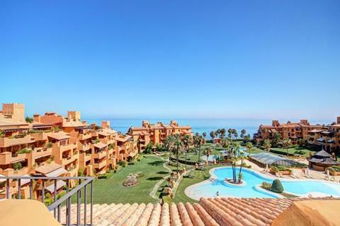 4 bedroom penthouse - Los Granados del Mar, Estepona, Malaga