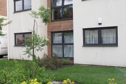 2 bedroom flat to rent - Lowbridge Court, Garston, Liverpool, L19 2JP
