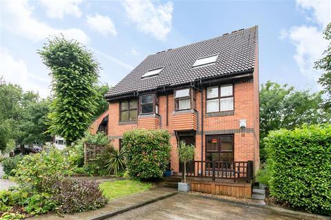 1 bedroom maisonette to rent - Grovelands Close, London, SE5