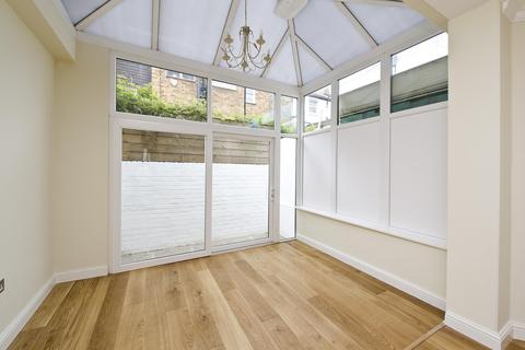 3 bedroom house to rent - Ives Street, Chelsea, London, UK, SW3