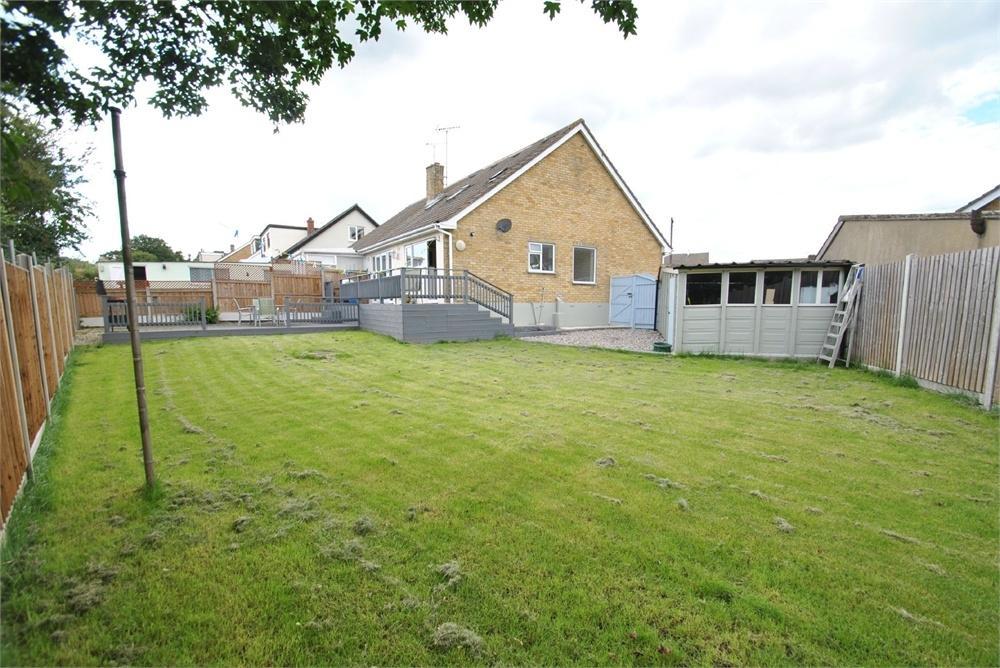 4 Bedrooms Chalet House for sale in Meadow Way, Black Notley, Braintree, Essex