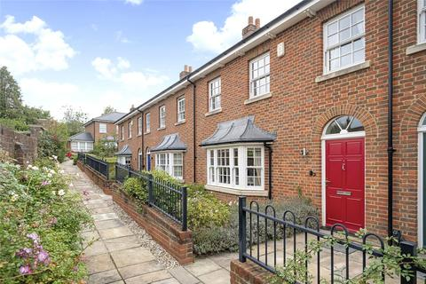 3 bedroom terraced house for sale - Clarendon Court, Marlborough, Wiltshire, SN8