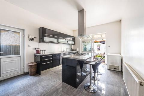 5 bedroom semi-detached house for sale - Nimrod Road, London, SW16