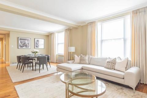 3 bedroom flat to rent - Flat 36, 39 Hill Street,, Mayfair, W1J