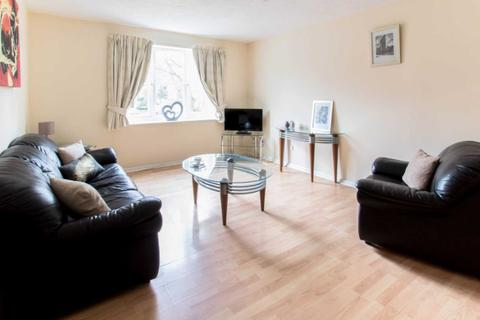 1 Bed Flats To Rent In Crawley Apartments Flats To Let Onthemarket