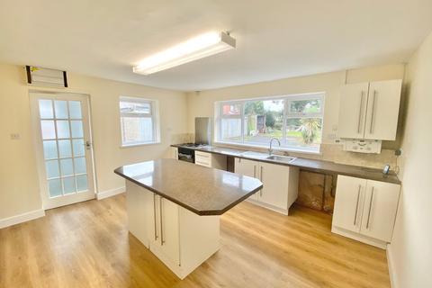 2 bedroom bungalow to rent - Frampton Road, Gorseinon, Swansea