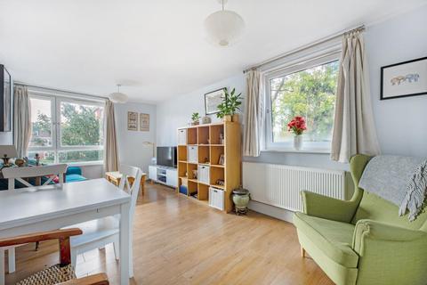 1 bedroom flat for sale - Silverthorne Road, SW8