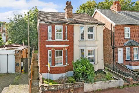 2 bedroom semi-detached house for sale - Silverdale Road, Tunbridge Wells