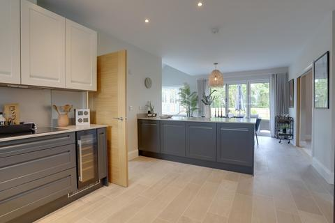 5 bedroom detached house for sale - Hilltop Meadow, Wolborough Hill, Newton Abbot