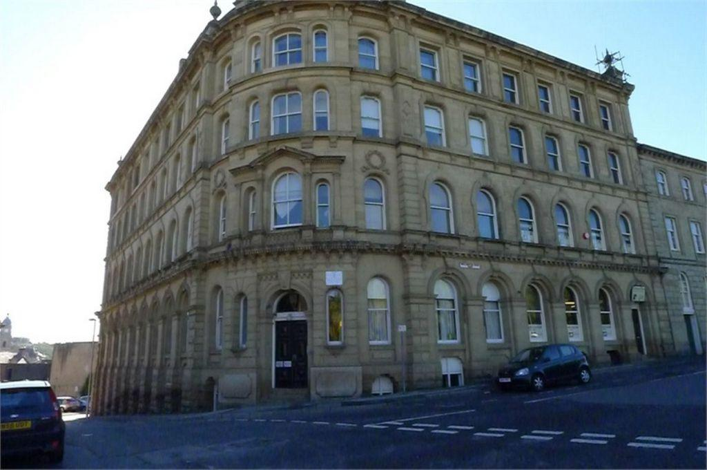 1 Bedroom Apartment Flat for sale in Howgate House, 3 Wellington Road, DEWSBURY, West Yorkshire