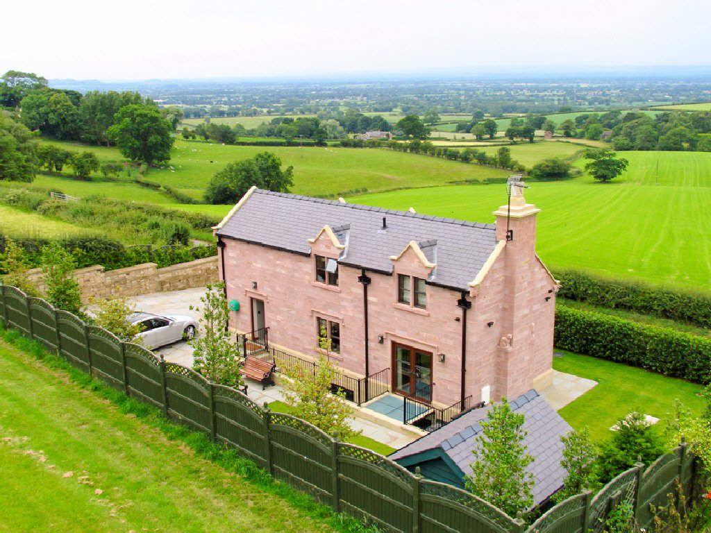 4 Bedrooms Detached House for sale in Tirley Lane, Utkinton, Cheshire