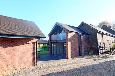 3 bedroom barn conversion for sale - Caverswall Lane, Caverswall