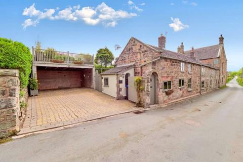 4 bedroom cottage for sale - Hot Lane, Biddulph Moor, ST8 7JT