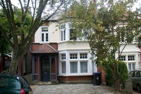 2 bedroom flat to rent - Melbourne Ave, Palmers Green
