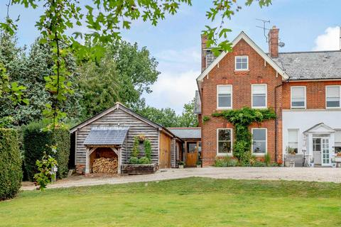 4 bedroom manor house for sale - Roxwell Road, Writtle, Chelmsford