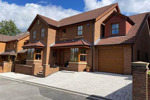 4 bedroom detached house for sale - Llys Pentrefelin, Llangyfelach, Swansea