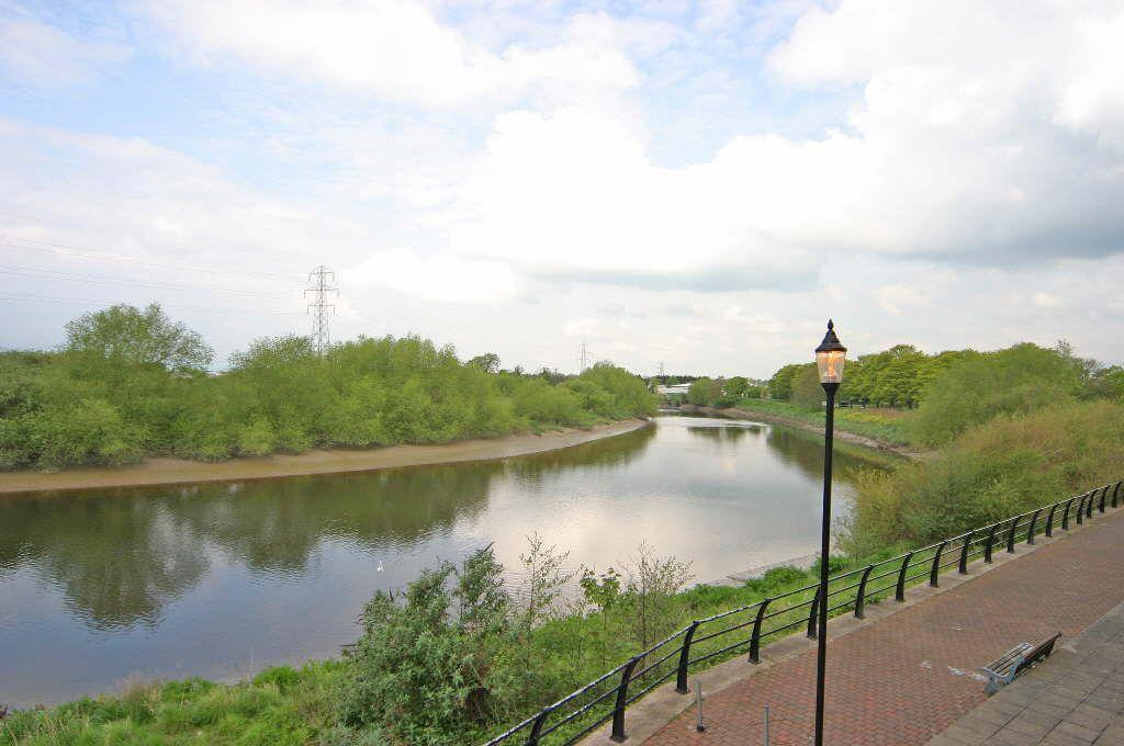 1 Bedroom Flat for sale in The Wharf, Chester, Chester