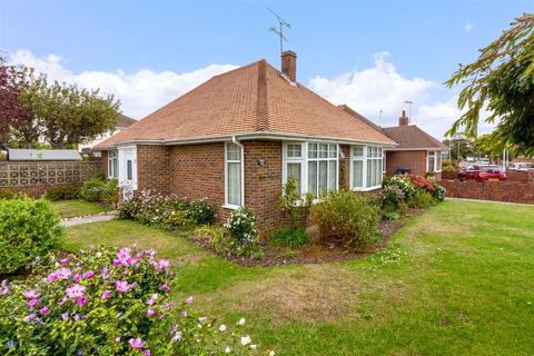 3 bedroom detached bungalow for sale - Wiston Avenue, Worthing