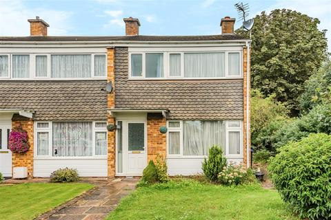 3 bedroom property for sale - Norelands Drive, Burnham, Slough
